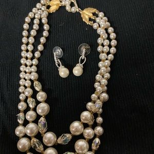 Coustome pearl necklace and earring
